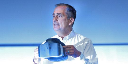 AR+VR '융합현실'… 인텔, 일체형 VR 헤드셋 '얼라이'로 구현